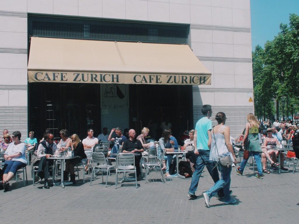 Cafe Zurich Catalunya Meydanı