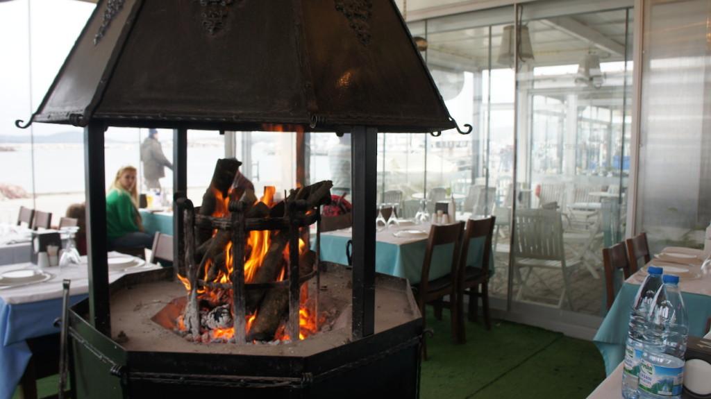 Cunda Sahil (Coastal) Restaurant