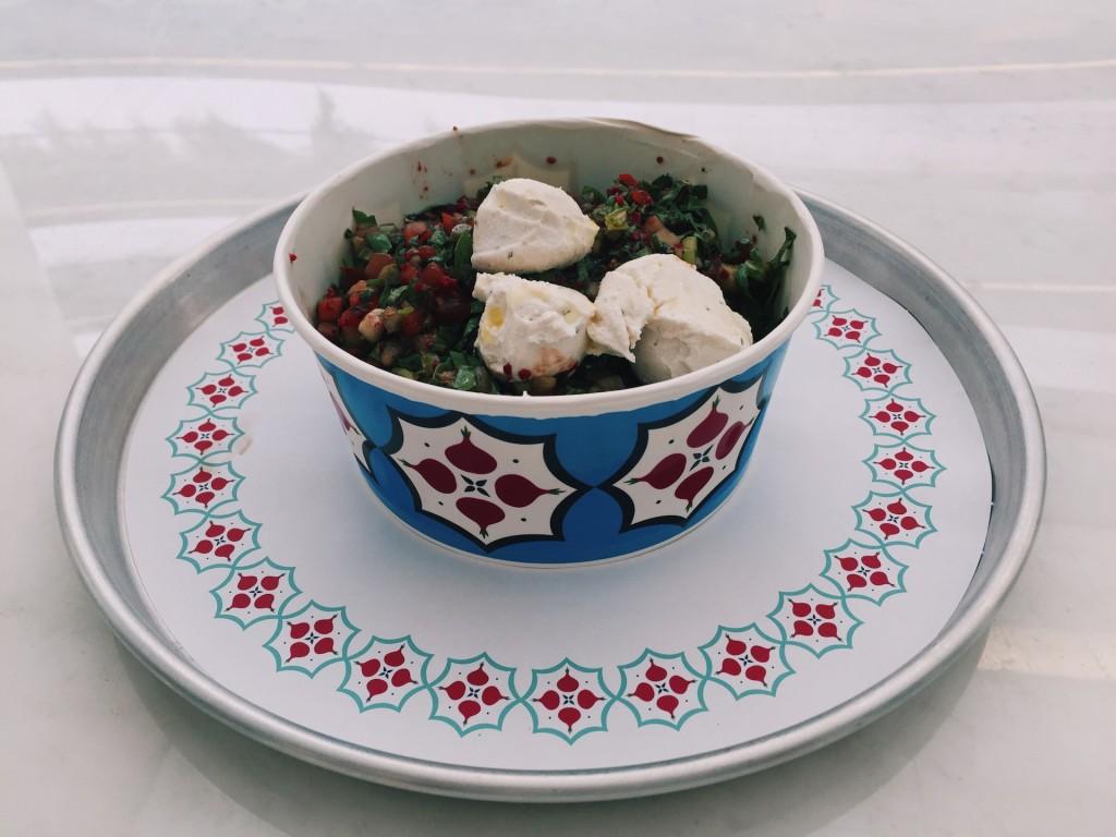 Rokalı Kaşık Salata