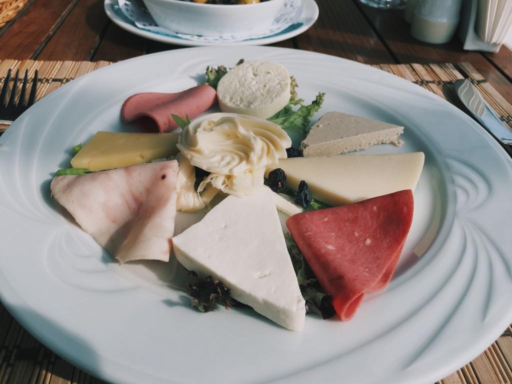 Karçma Kriha Peynir ve Salam Tabağı